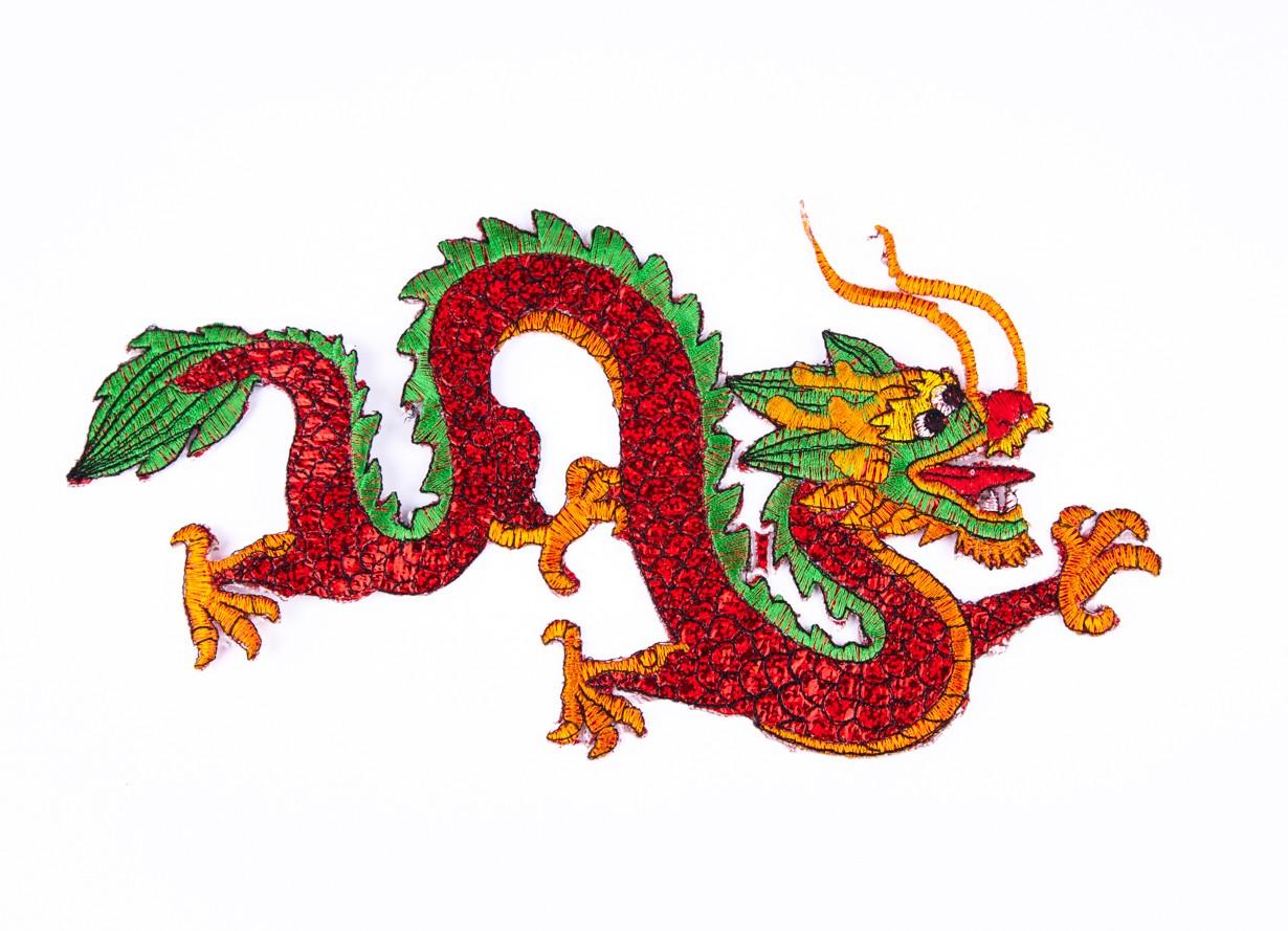Dragon Rosu - accesoriu textil