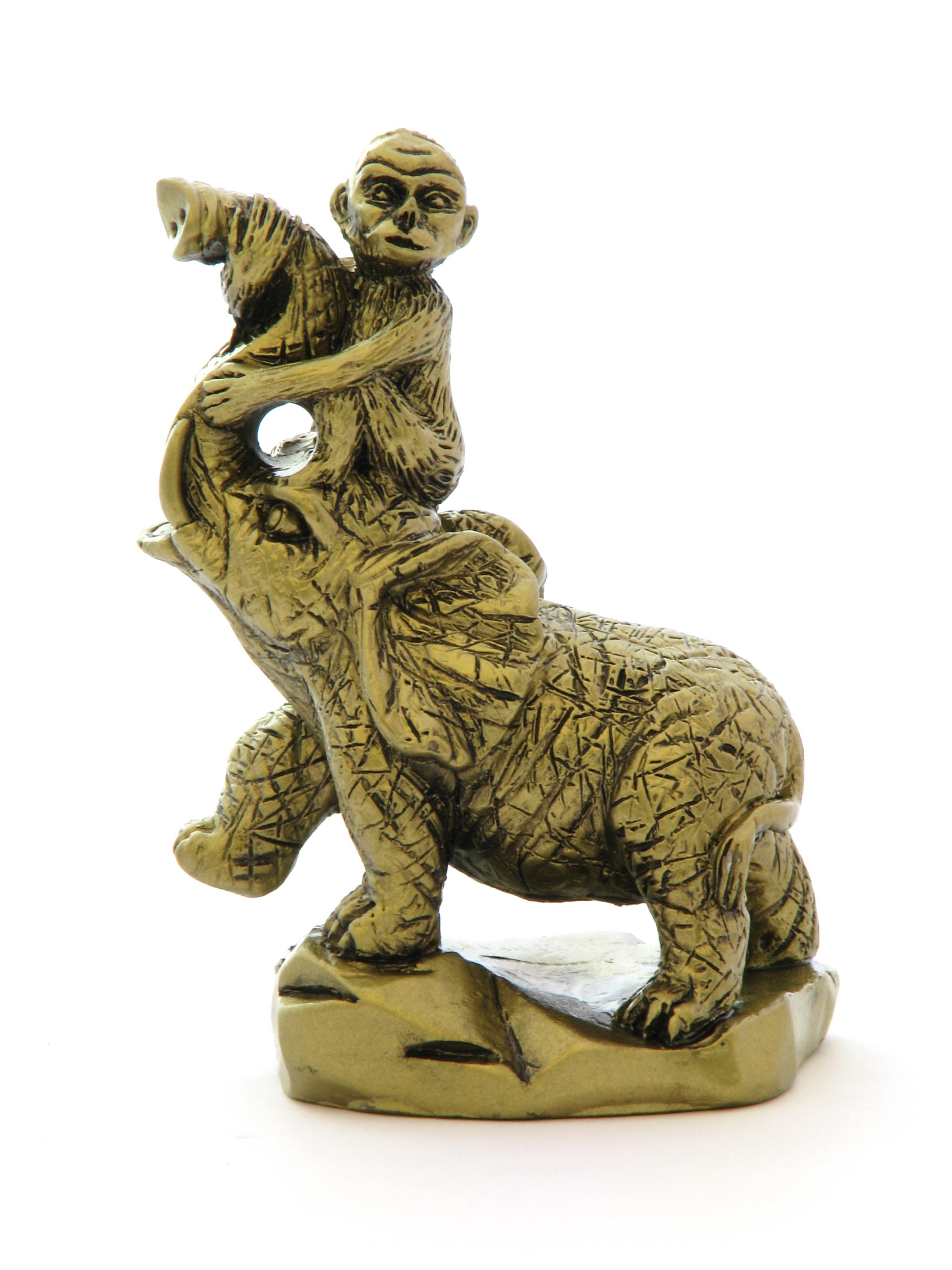Maimuta pe Elefant - model 1
